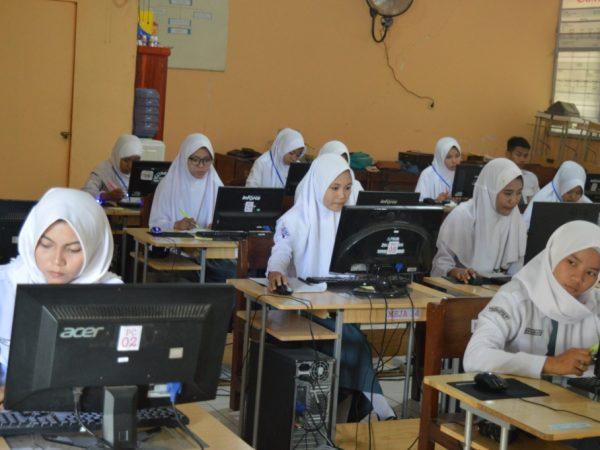 Pedoman Pelaksanaan Ujian Sekolah SMK 2021